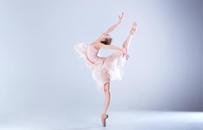 bailarina ballet postura linea profesional escuela internacional de danza international dance school alicante